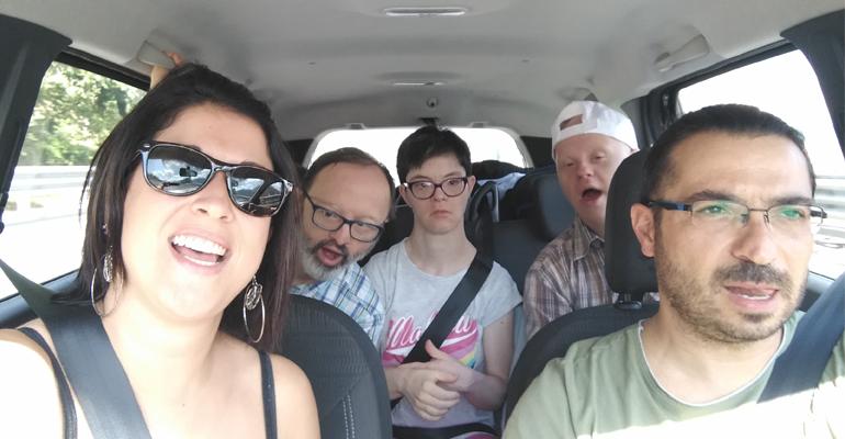 il gruppo in partenza per le vacanze in calabria